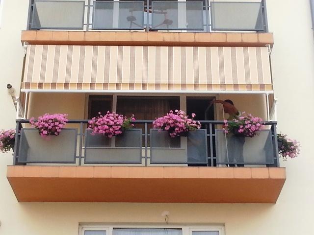 copertina verticala balcon