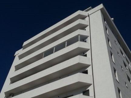 inchidere balcon cu folie